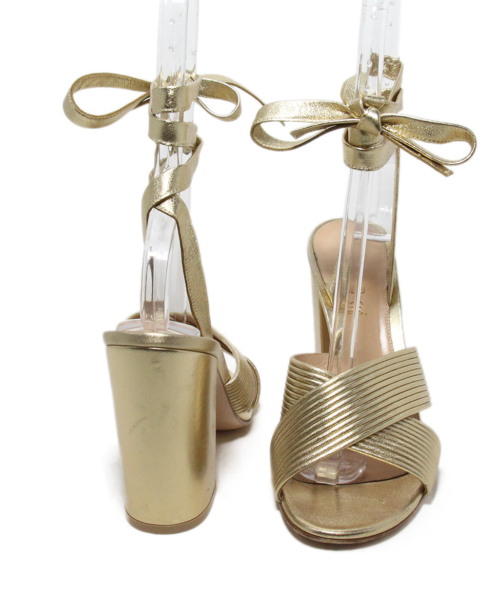 Gianvito Rossi Gold Leather Sandals 3
