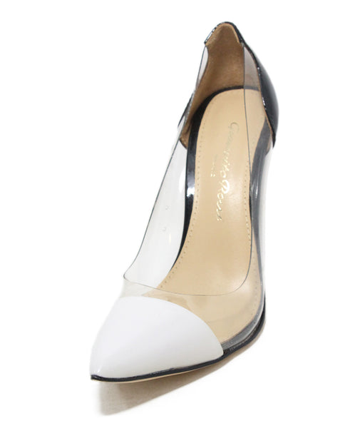 Gianvito Rossi black cream patent leather heels 1