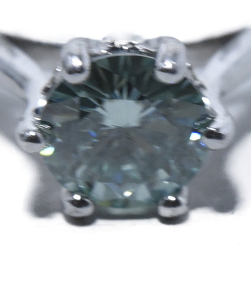 Fine Jewelry 1.9 Carat Green Moissanite Silver Band Ring 4