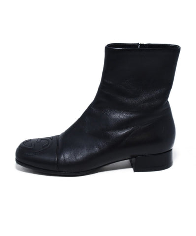Gucci Black Leather Booties 1