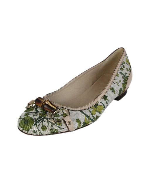 Gucci Green Beige Canvas Leather bamboo trim flats 1