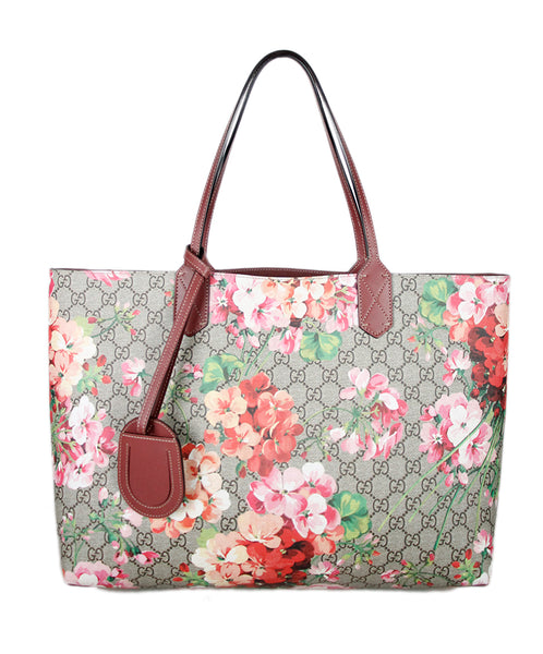 Gucci Pink Mauve Monogram Floral Leather Handbag