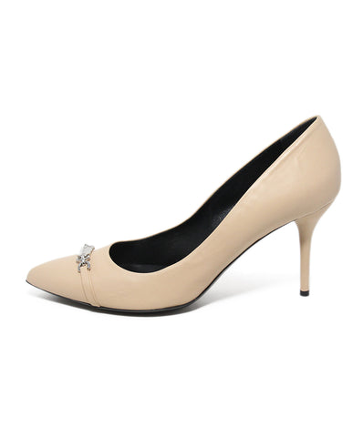 Gucci neutral tan leather heels 1