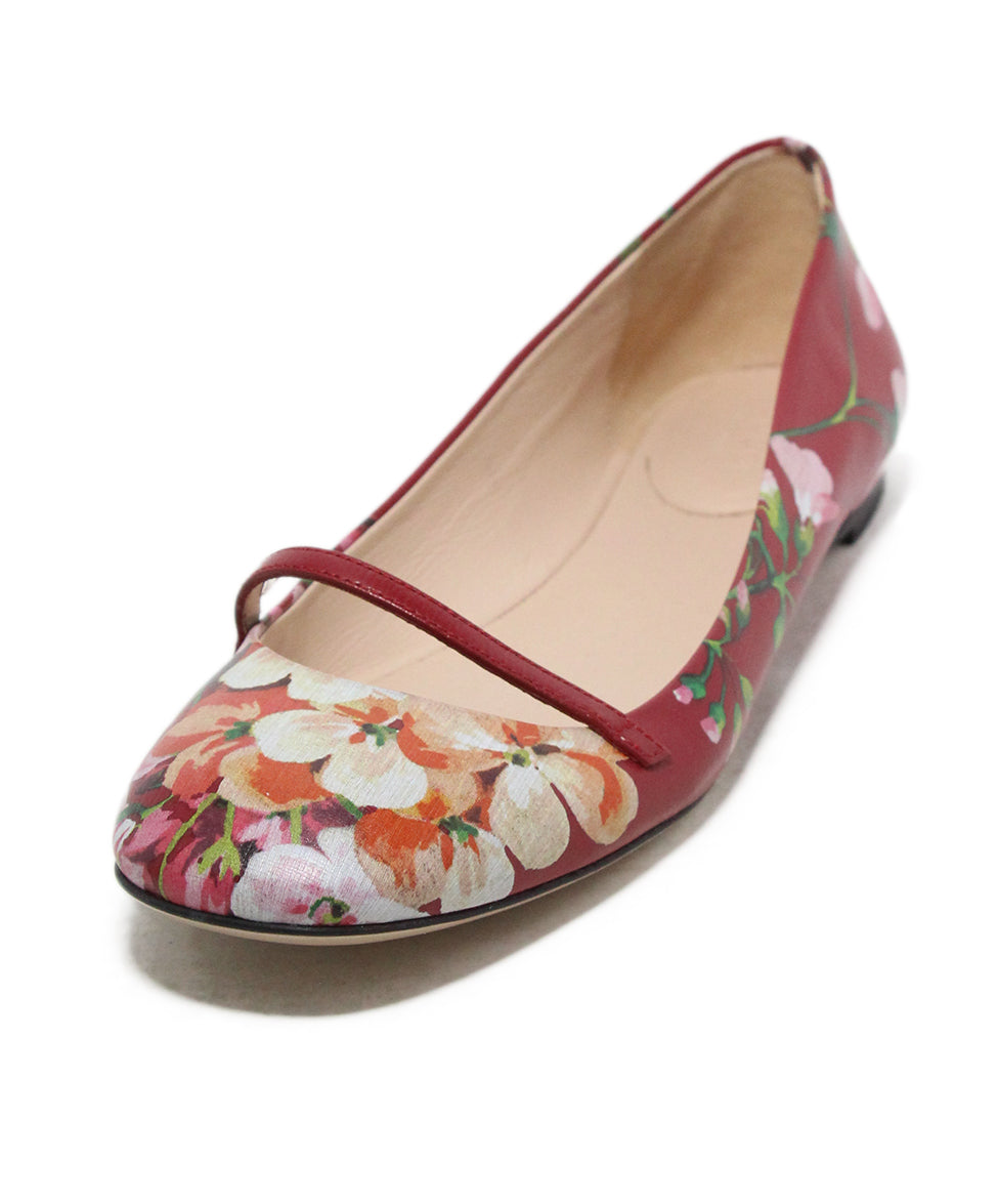 Gucci red floral multi print leather flats 1