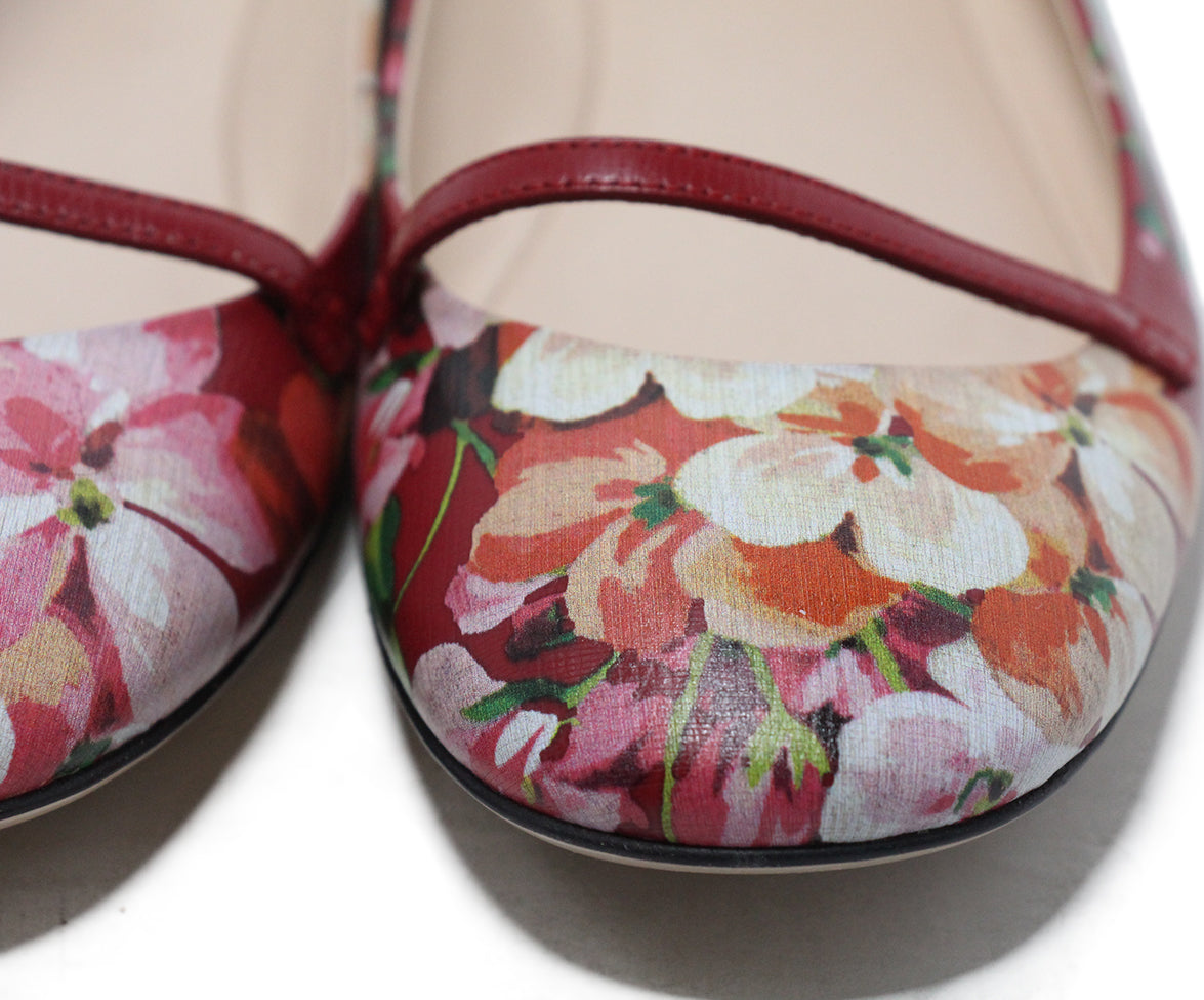 Gucci red floral multi print leather flats 8