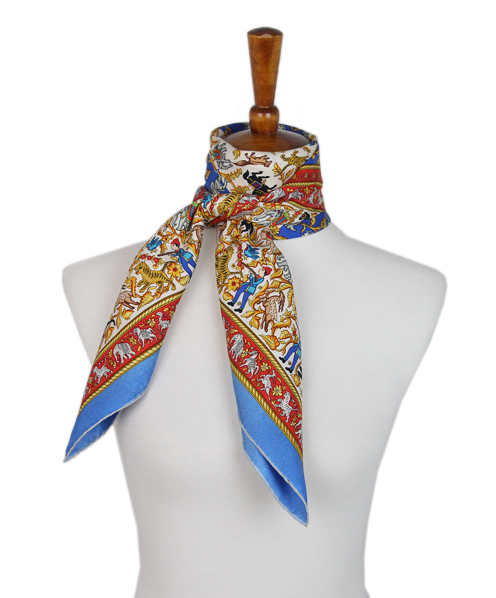 Hermes Chasse en inde Blue Red Yellow Silk Scarf 3