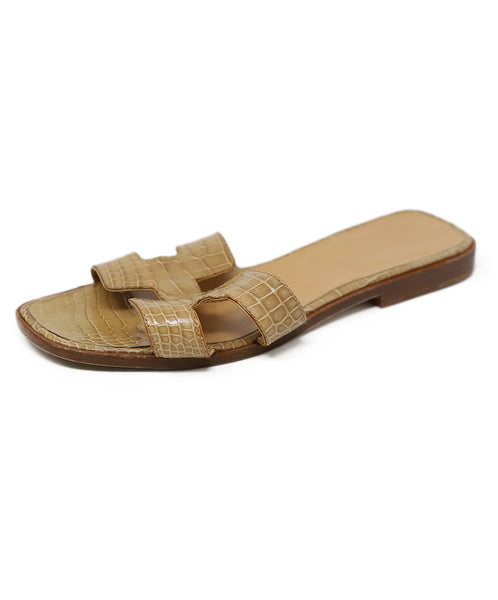Sandals Hermes Shoe Neutral Tan Alligator 1