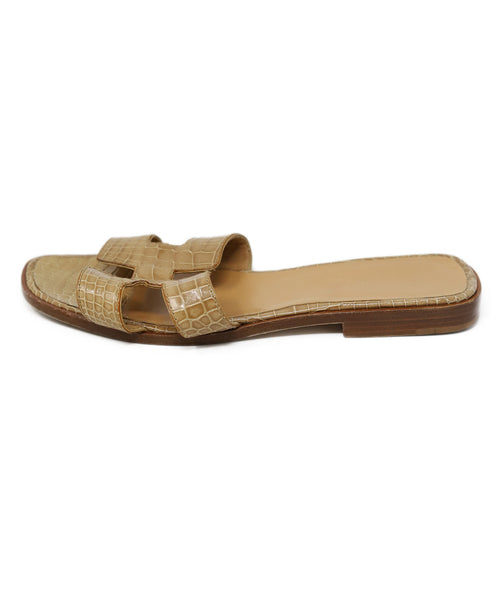 Sandals Hermes Shoe Neutral Tan Alligator 2