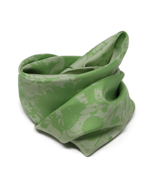 Hermes Green Cheval Surprise Print Silk Scarf 3