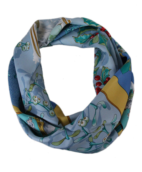 Hermes Snow themed scarf 1