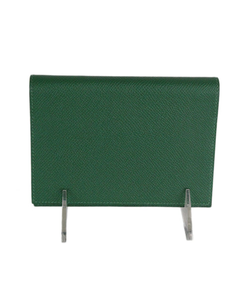 Hermes green leather agenda cover 1