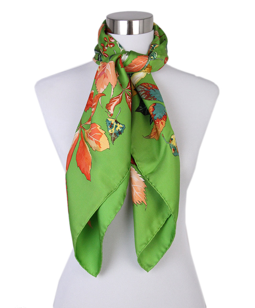 Hermes green leaves scarf 3