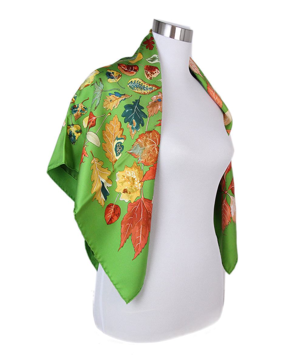 Hermes green leaves scarf 2