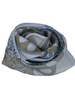 Hermes Light Blue Gold Silk Print Beaucoun Un Peu Scarf 2