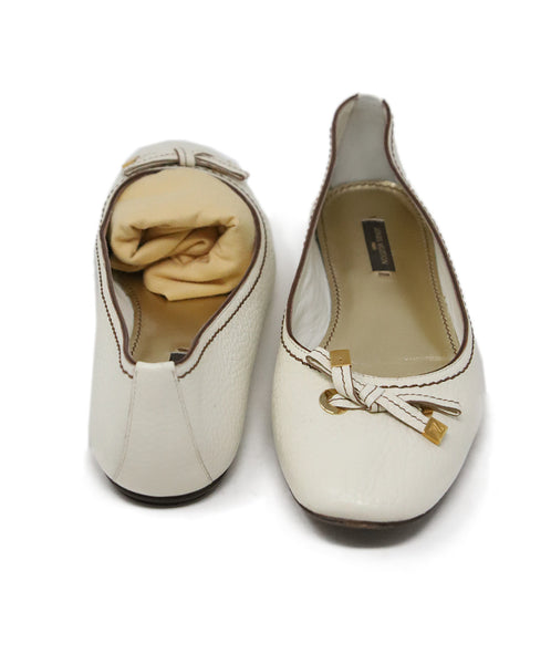 Louis Vuitton White Cream Leather Flats 3