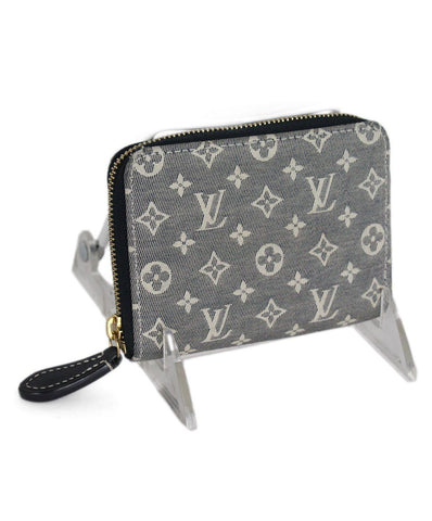 Louis Vuitton Grey Cream Damier Wallet 1