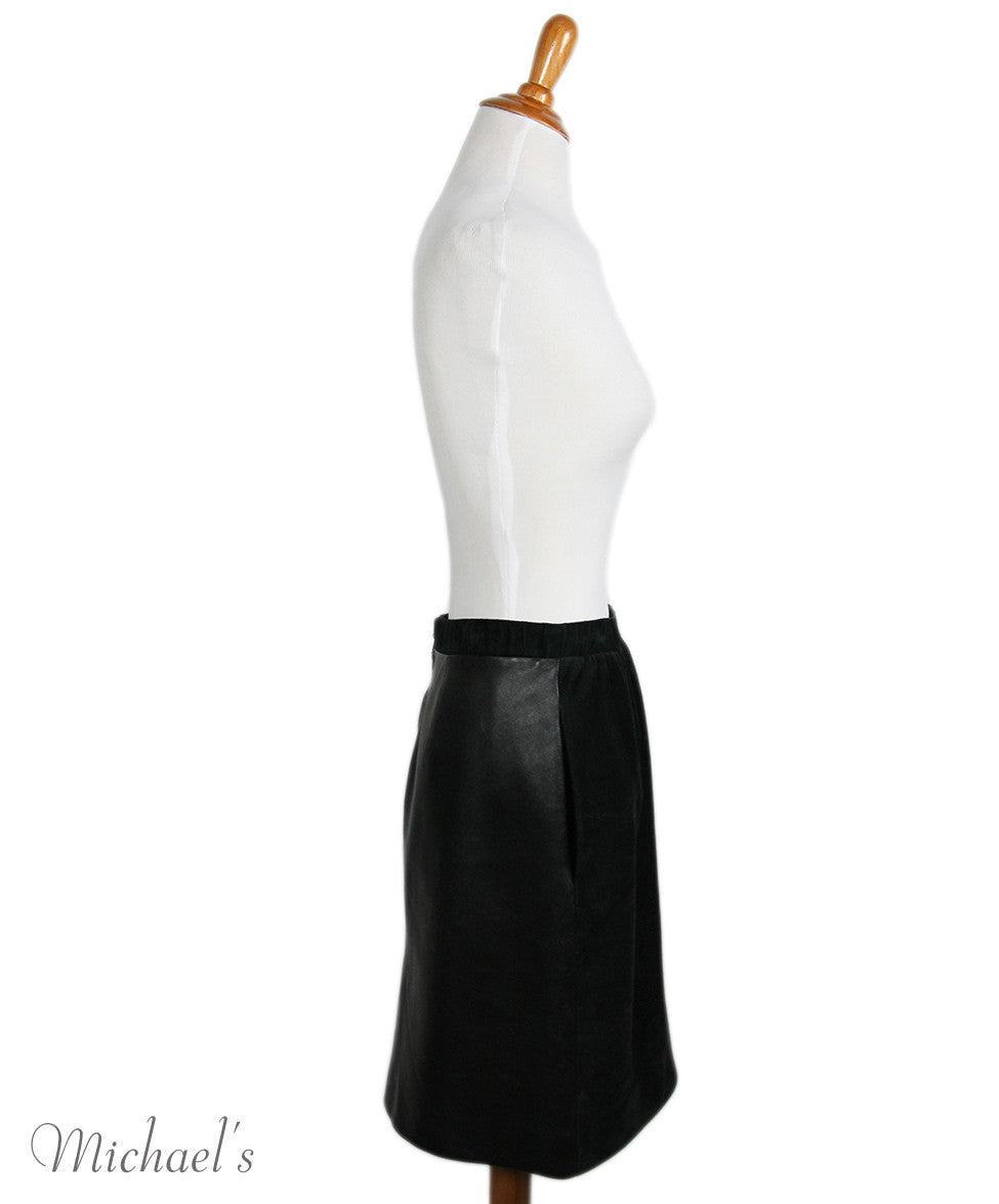 Louis Vuitton  Black Suede Leather Skirt Sz 42 - Michael's Consignment NYC  - 2