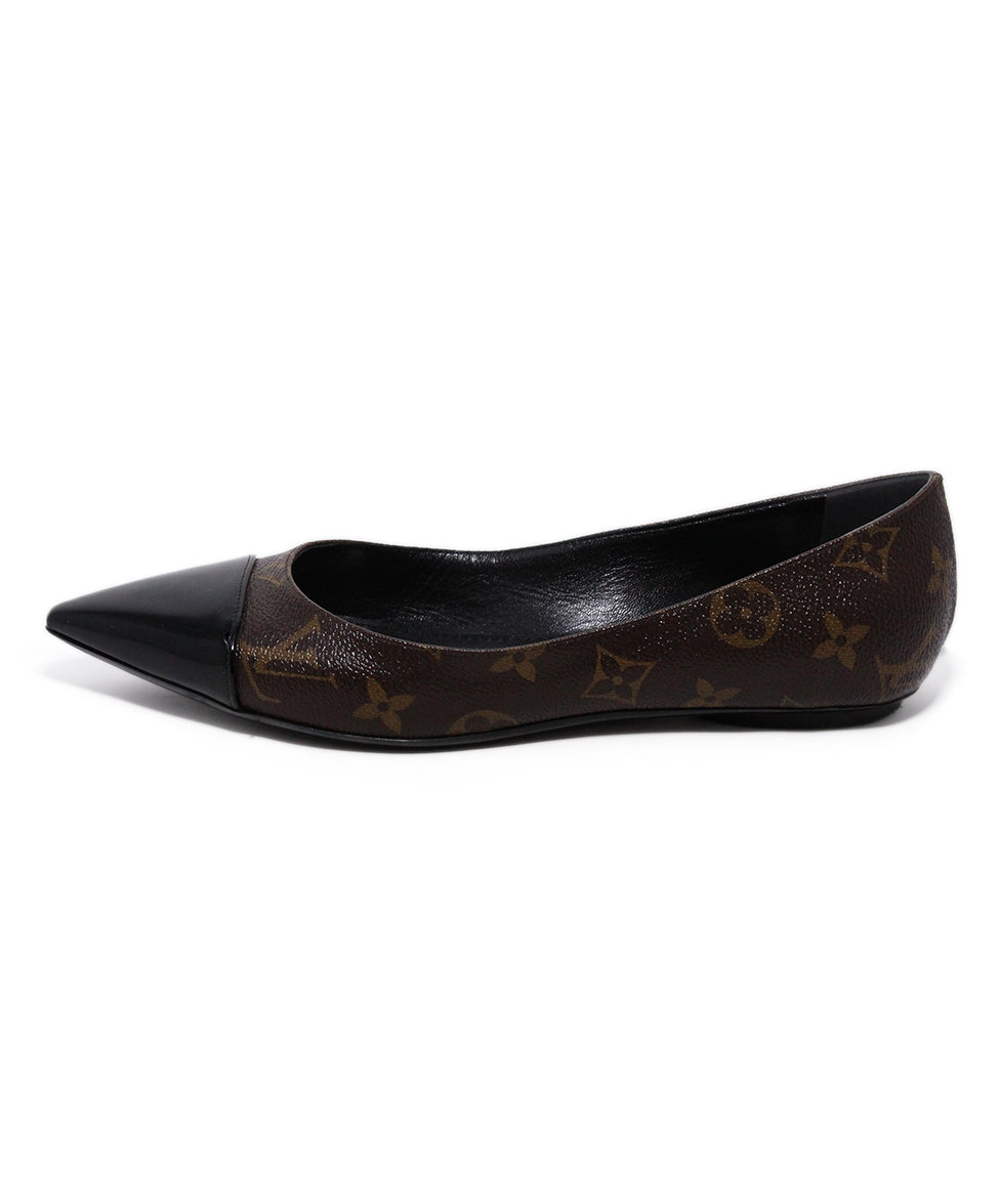 Louis Vuitton Monogram canvas Flats 2