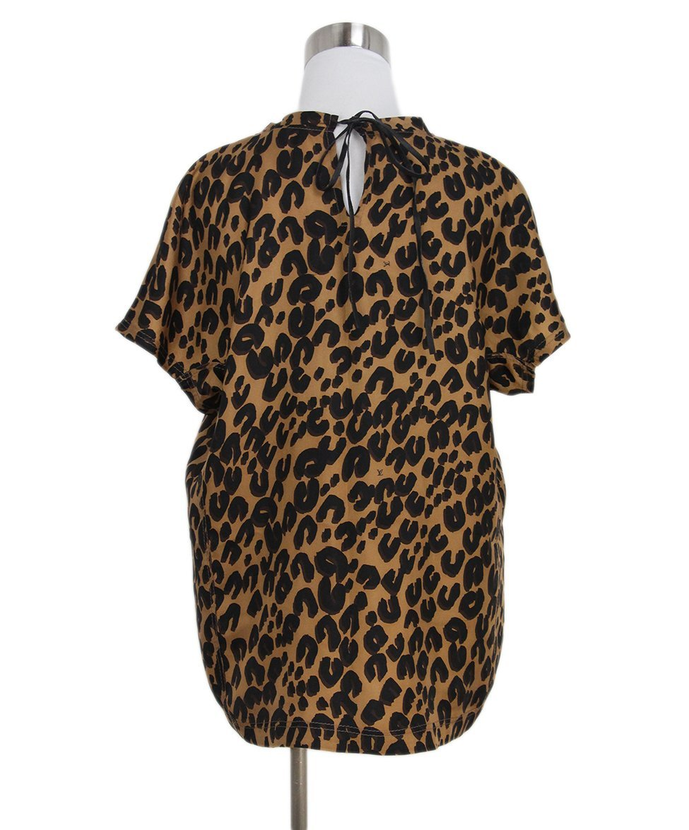 Louis Vuitton leopard print top 3