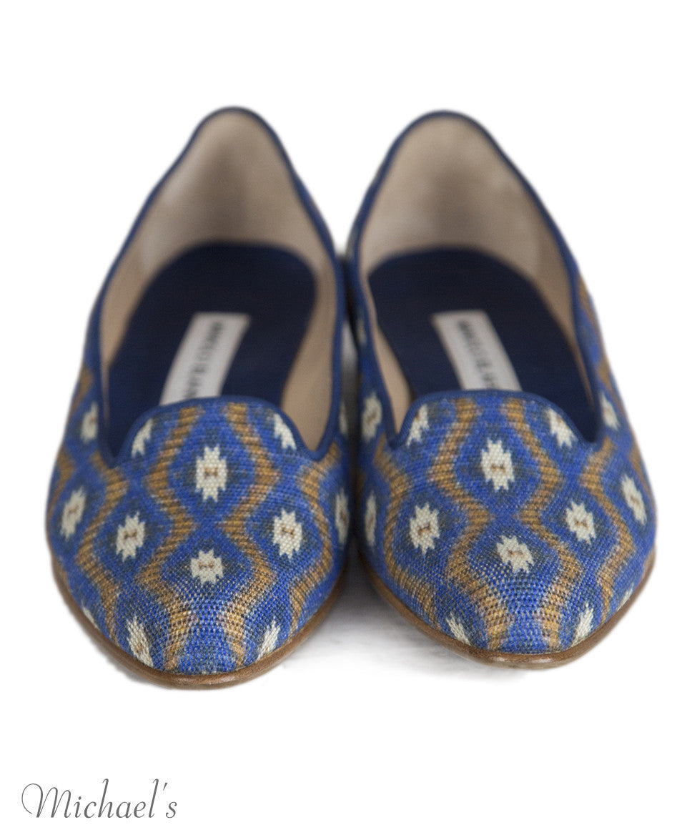 Manolo Blahnik 6 Blue Tan Print Canvas Flats notlisted SHOES - Michael's Consignment NYC  - 3