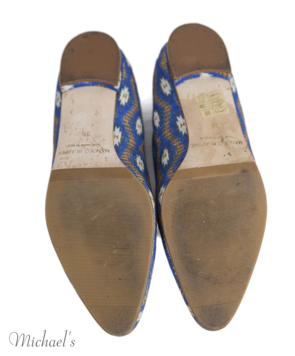 Manolo Blahnik 6 Blue Tan Print Canvas Flats notlisted SHOES - Michael's Consignment NYC  - 5