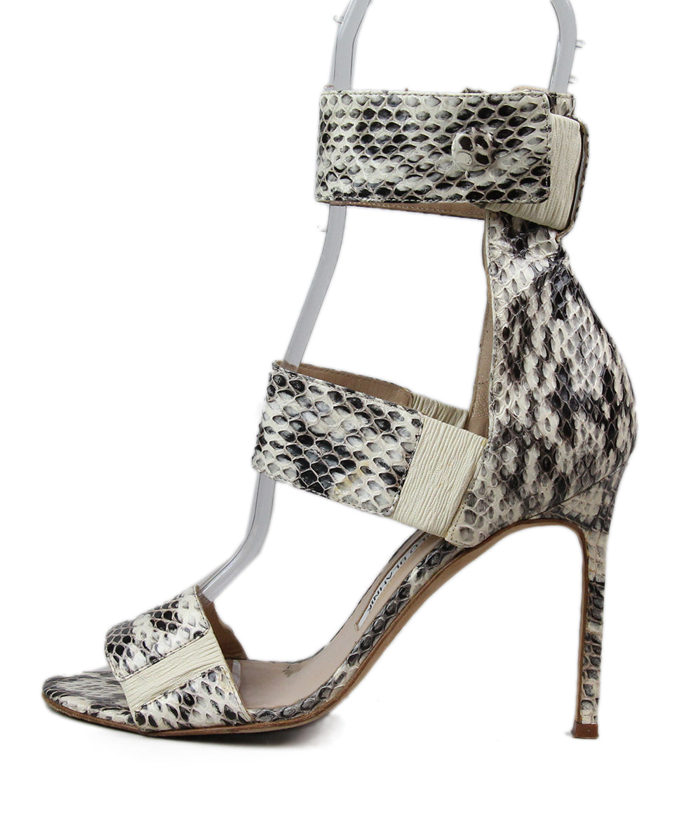 Manolo Blahnik Black Beige Snake Skin Shoes 2