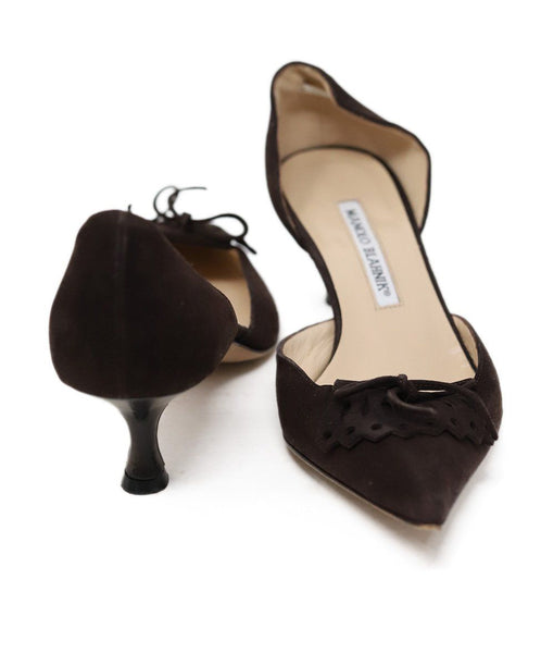 Manolo Blahnik Brown Suede Kitten Heels 3