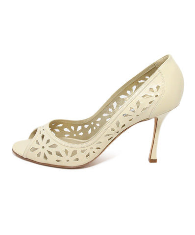 Manolo Blahnik beige cutwork leather heels 1