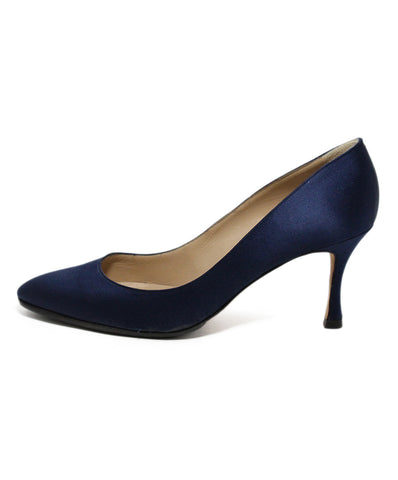 Manolo Blahnik Blue Navy Satin Heels 1