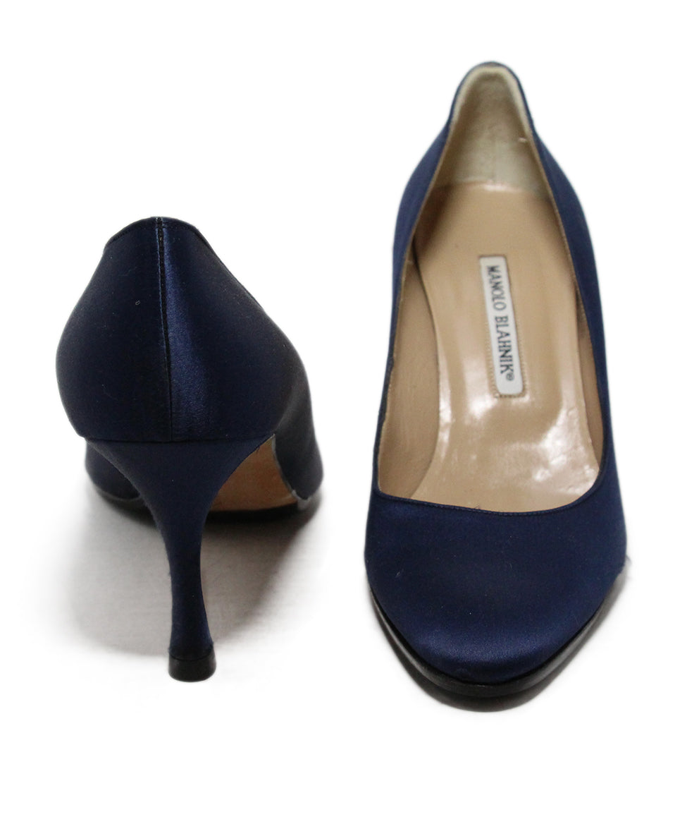 Manolo Blahnik Blue Navy Satin Heels 3