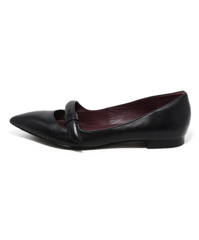 Marc Jacobs black leather flats 1