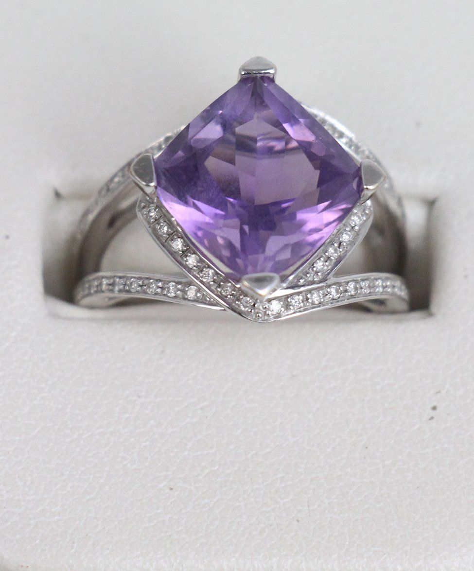 Mauboussin 18K Gold Amethyst Diamond ring 2