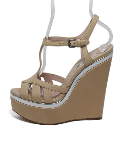 Miu Miu Pink Nude Leather Shoes 1