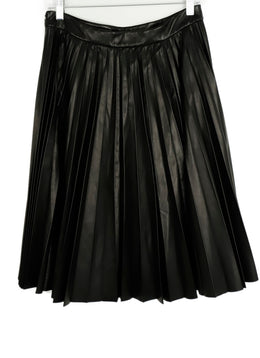 Prada Size 6 Black Pleated Leather Skirt 2