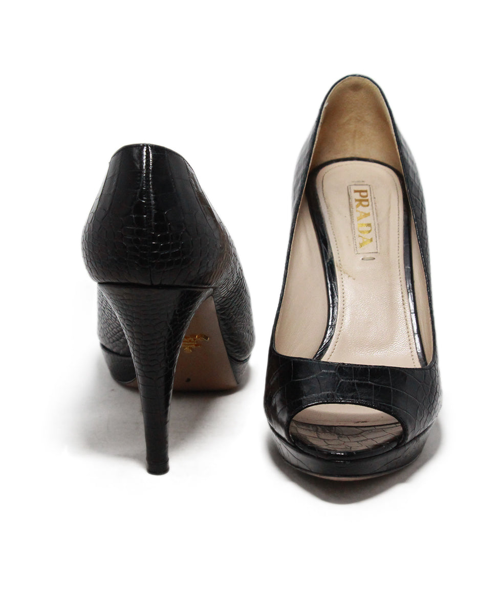 Prada black pressed leather heels 3