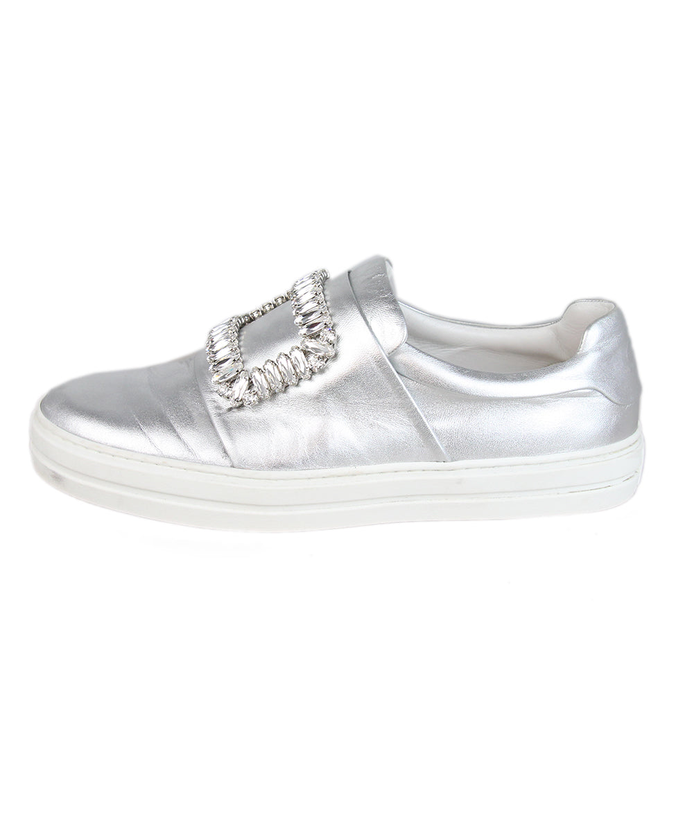 Roger Vivier Metallic silver leather rhinestone buckle sneakers 2