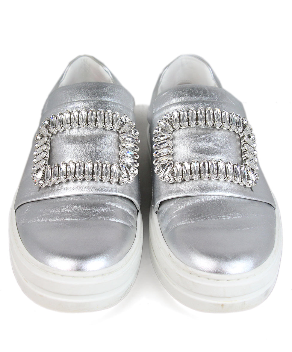 Roger Vivier Metallic silver leather rhinestone buckle sneakers 4