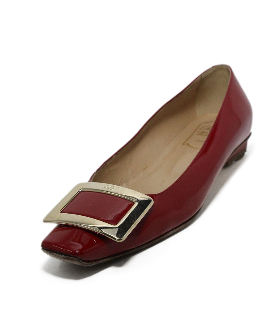 52528b2bf3c Roger Vivier Heels US 5.5 Red Patent Leather Gold Buckle Shoes ...