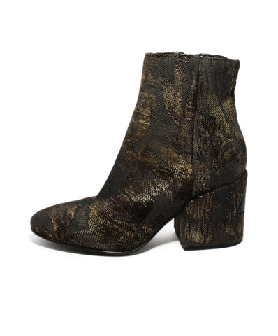 Strategia Brown Velour booties 1