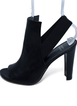Stuart Weitzman Black Leather Elastic Heels 2