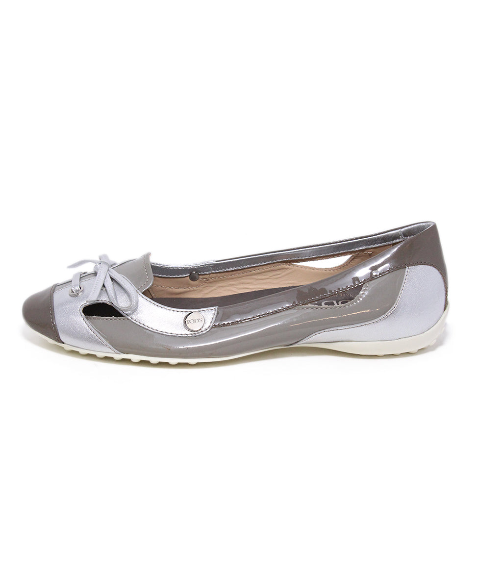 Tod's Grey Silver Patent Leather Flats Sz. 39