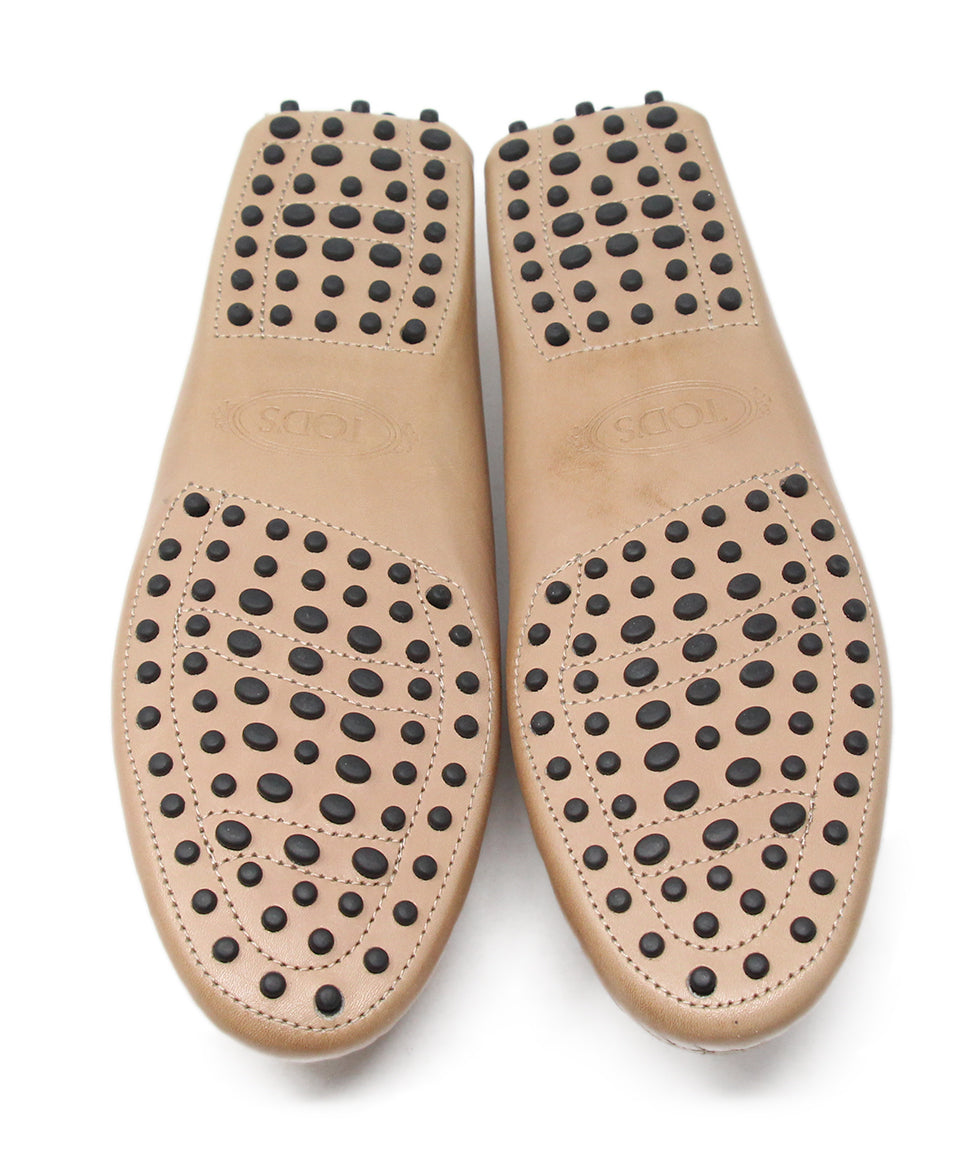 Tod's Tan Leather Flats 5