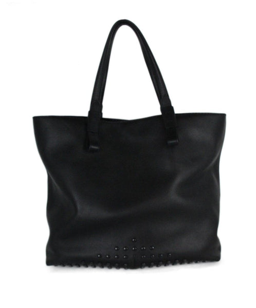 Tod's black leather tote 1