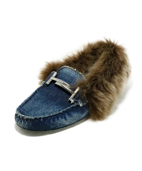 Tod's Blue Denim Fur Trim Loafers 1