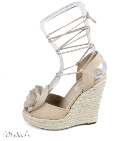 Valentino Nude Leather Raffia Wedges Sz 35