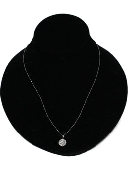 White 18 K Gold Diamonds Circle Pendant Necklace 1
