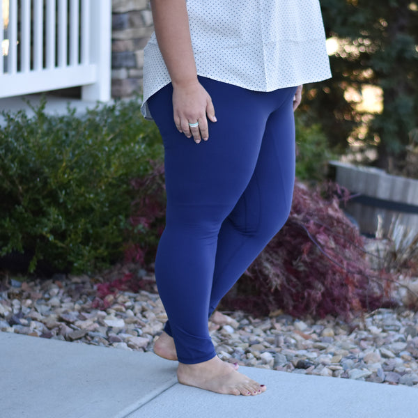 Every Day Leggings in Navy