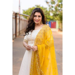Offwhite annarkali with Yellow embellished duppata