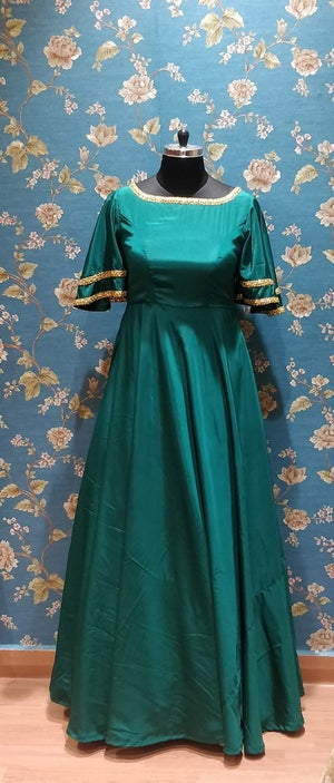 Green maxi with bell sleeves