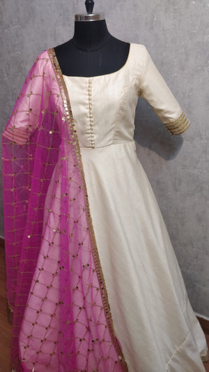 Offwhite annarkali with Pink duppata